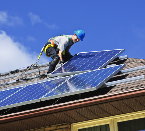 Florida Solar Contractor installs solar panels after obtaining a Contractor's License